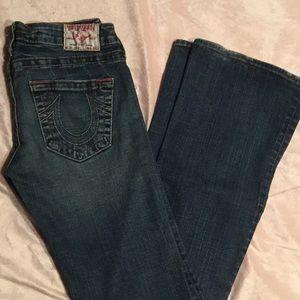 EUC classic wide legged True Religion jeans Sz 28